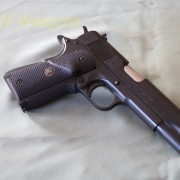 Springfield_1911A1-IMG_2750