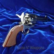 Uberti_Colt_SAA_44-40-IMG_3596